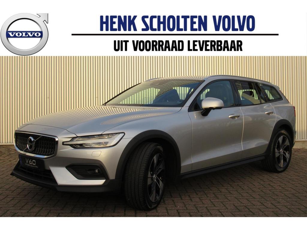 Volvo V60 cross country New d4 190pk intro edition, parkeerverwarming