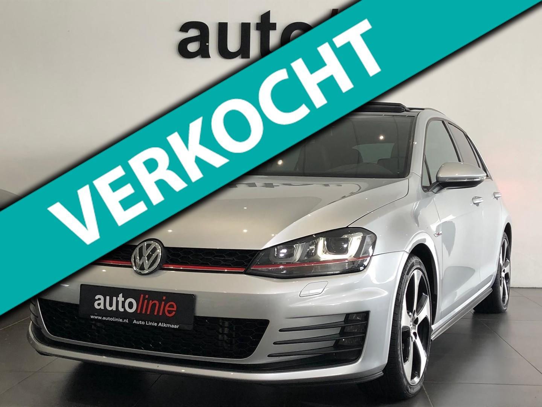 Volkswagen Golf 2.0 tsi gti dsg, pano, camera, leder, keyles