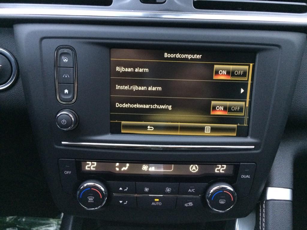 Renault Kadjar 1.2 TCe Intens EDC AUTOMAAT / Packs: Tech, FULL LED