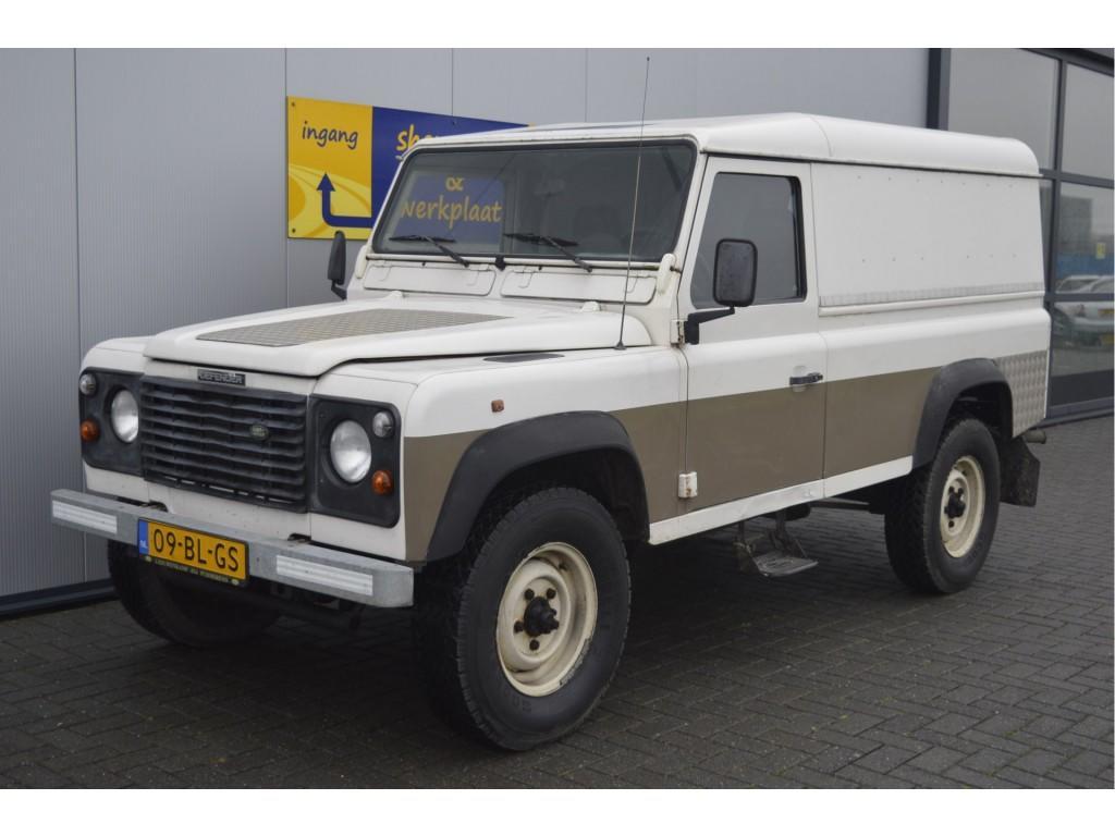 """Land rover Defender 2.5 tdi 110"""" hard top € 9.999,-- marge bedrijfsauto!! links gestuurd  weinig wegenbelasting"""
