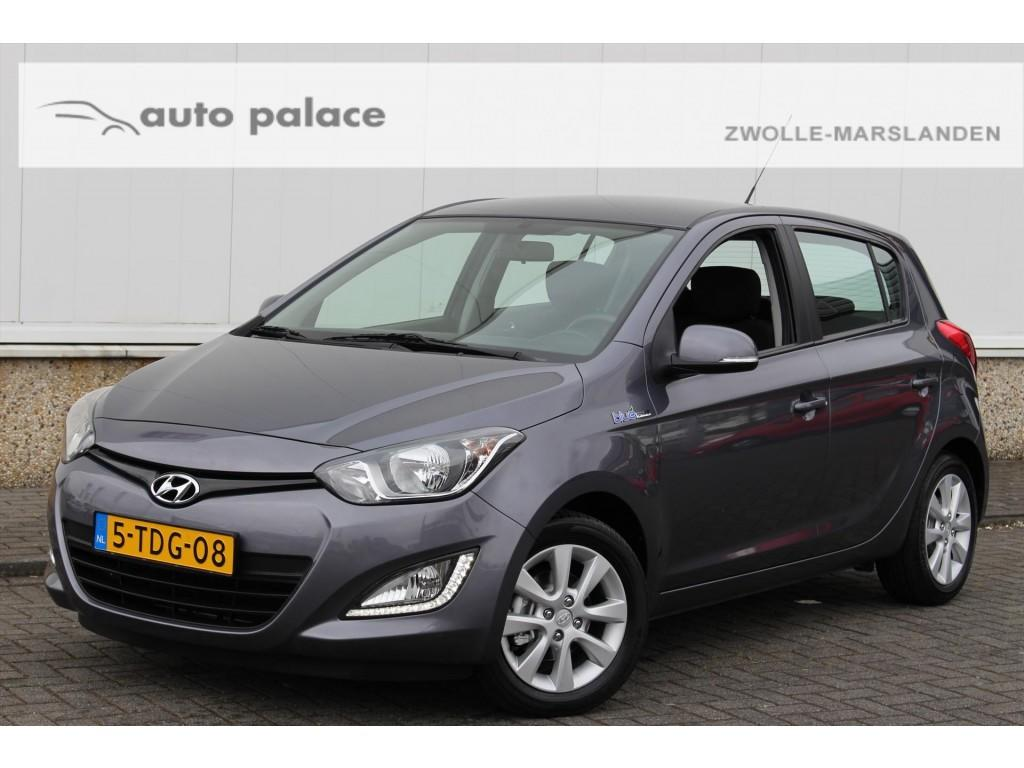 Hyundai I20 1.2i 85pk 5-deurs i-deal airco lmv pdc