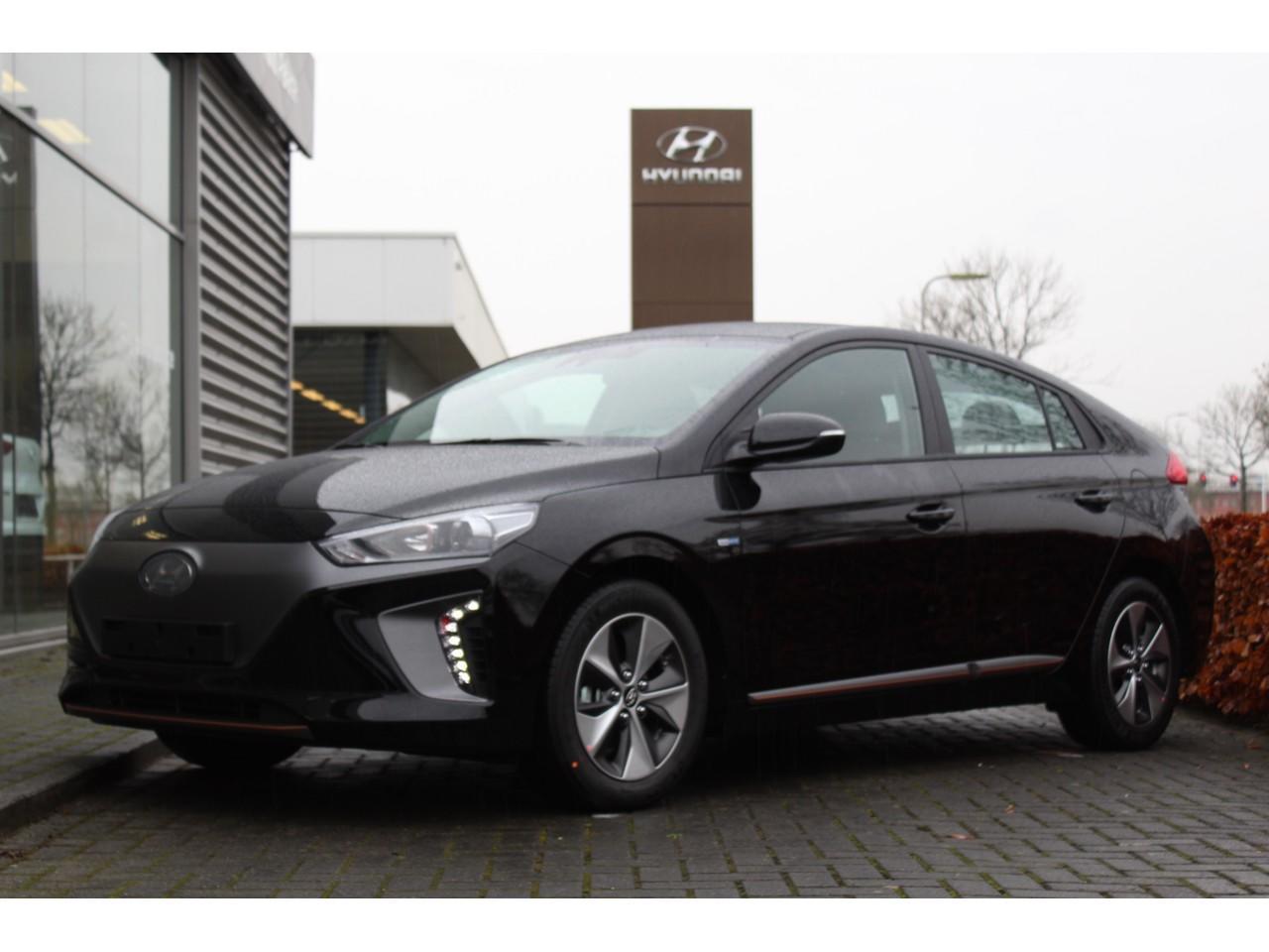 Hyundai Ioniq Ev comfort my18 nieuw en rijklaar