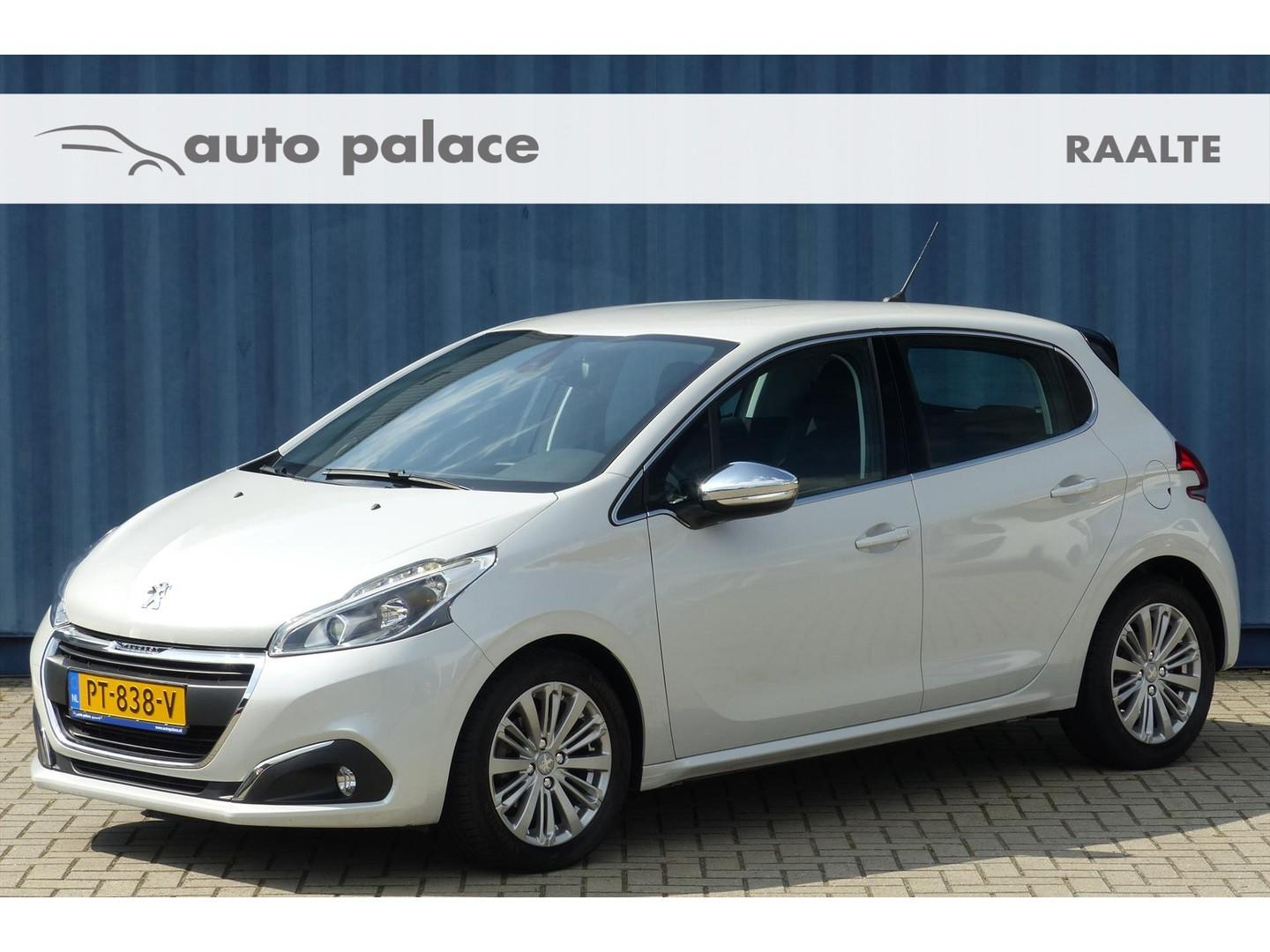 Peugeot 208 1.6 bluehdi 100pk black friday allure