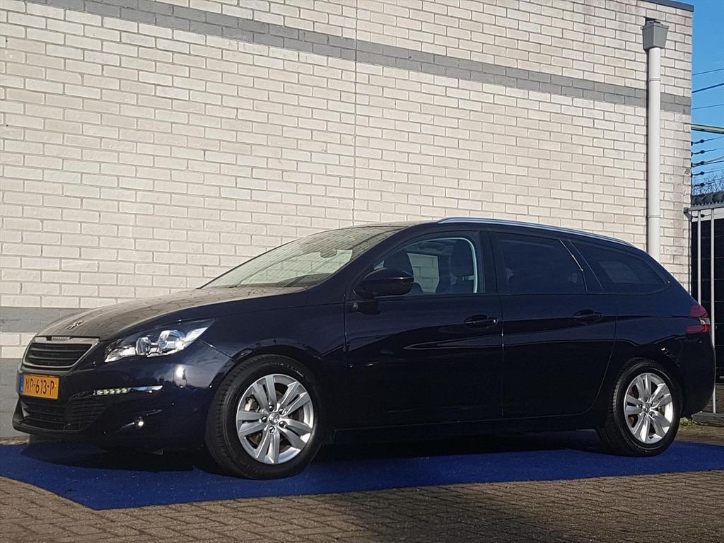 Peugeot 308 Executive bluehdi 120pk navi clima glazen dak