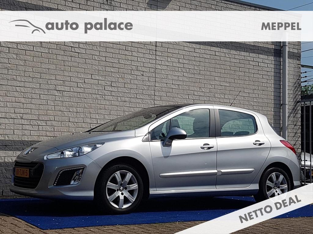 Peugeot 308 Active 1.6 vti 120pk parkeersensoren voor & achter navi clima