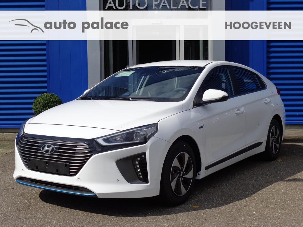 Hyundai Ioniq Premium 1.6gdi hev (hybrid) lederen bekleding xenon verlichting