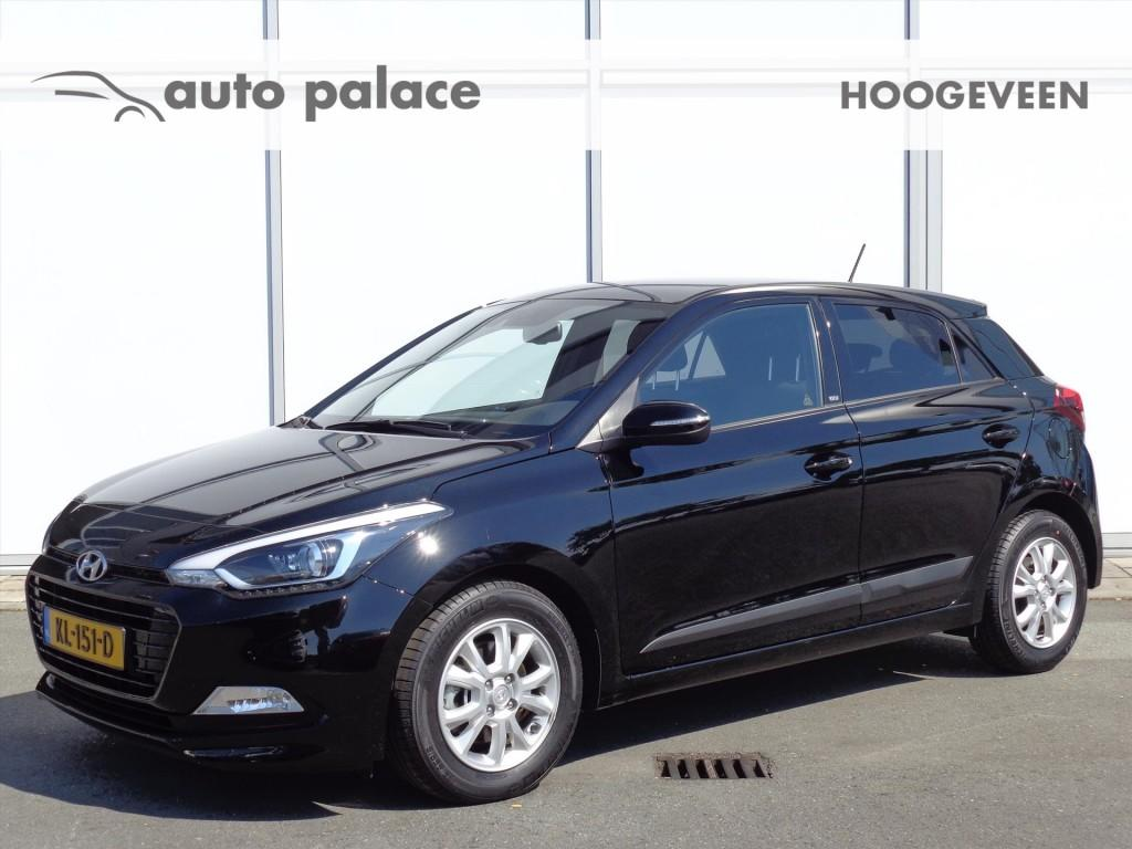Hyundai I20 1.0 t-gdi blue 100pk go! navigatie camera airco lm-velgen
