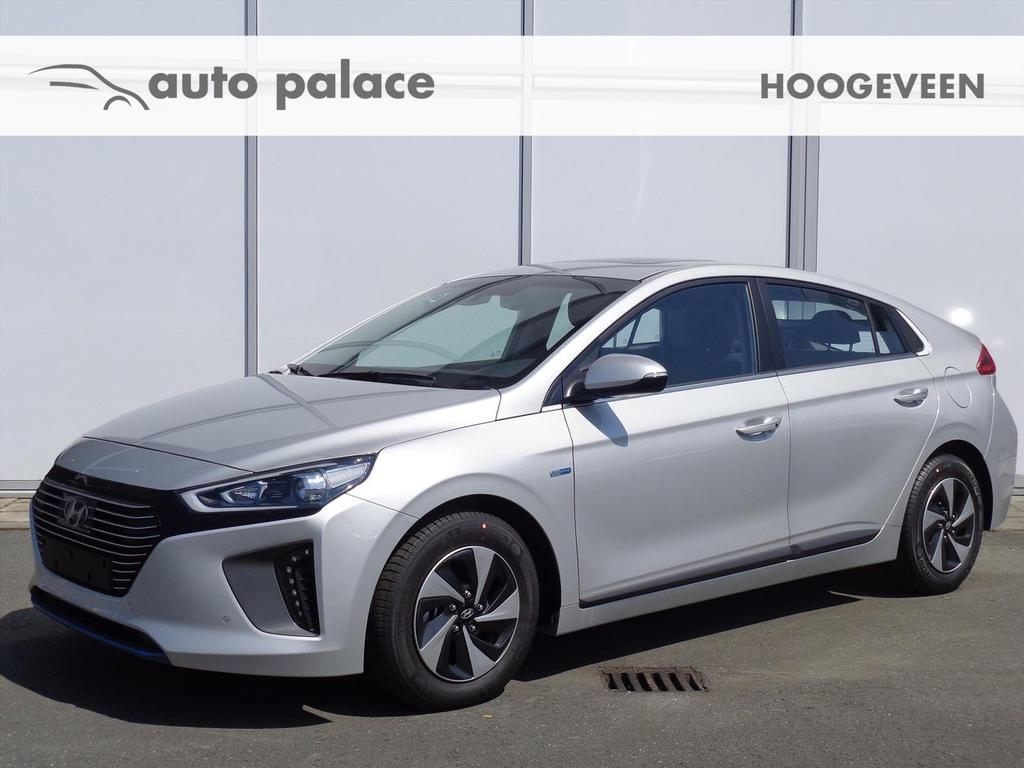Hyundai Ioniq 1.6 gdi blue hev 141 pk dct premium full options