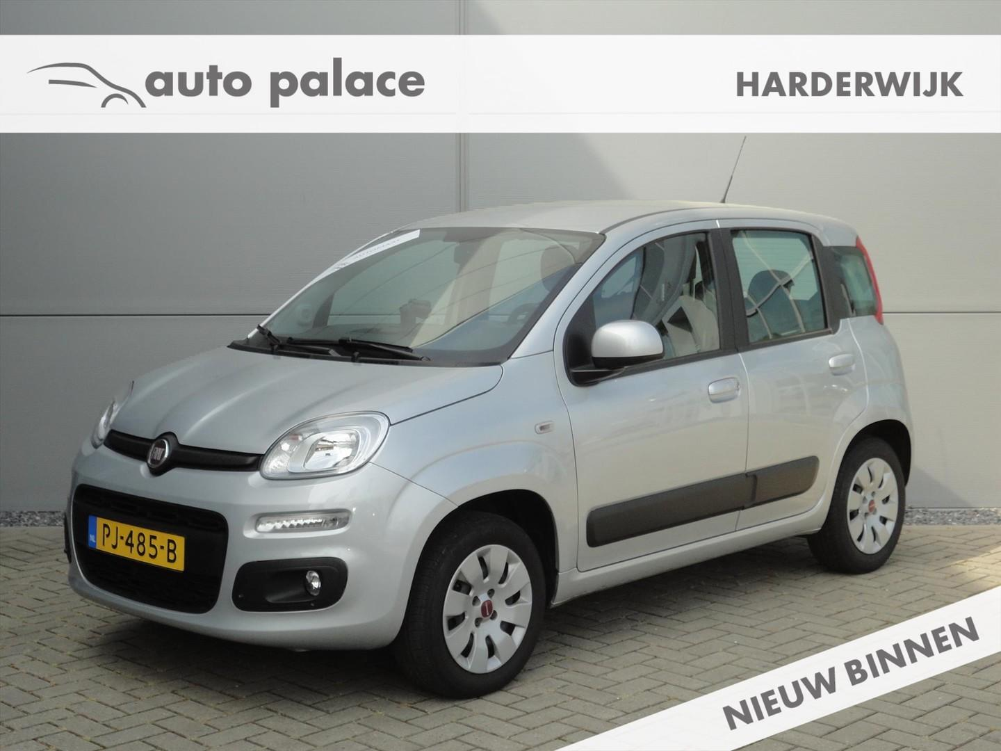 Fiat Panda Turbo 80pk dualogic lounge