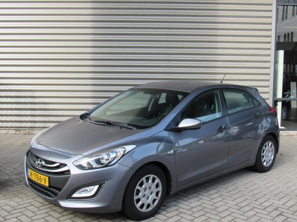 Hyundai I30 1.6 gdi 135pk 5d i-drive cool plus airco stuurbekr