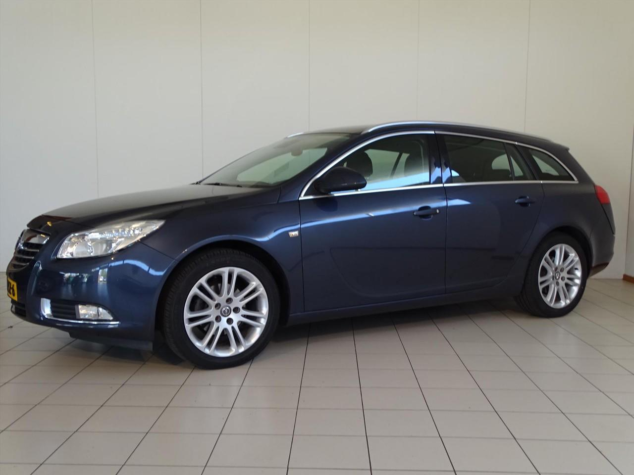 Opel Insignia 1.8 103kw sports tourer business