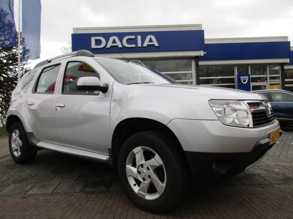 Dacia Duster 1.6 16v 110 4x2 lauréate bj 2011