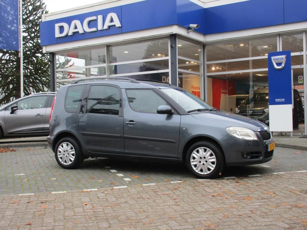 Škoda Roomster 1.4 16v 63kw style - trekhaak - airco - dakrails -