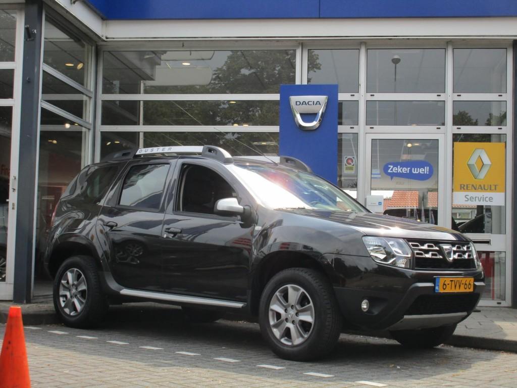 Dacia Duster Tce 125pk 4x2 prestige - trekhaak - navigatie -
