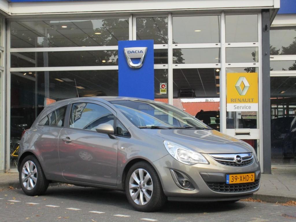 Opel Corsa 1.2 bi-fuel (lpg) business+ - navigatie - goedkoop rijden!