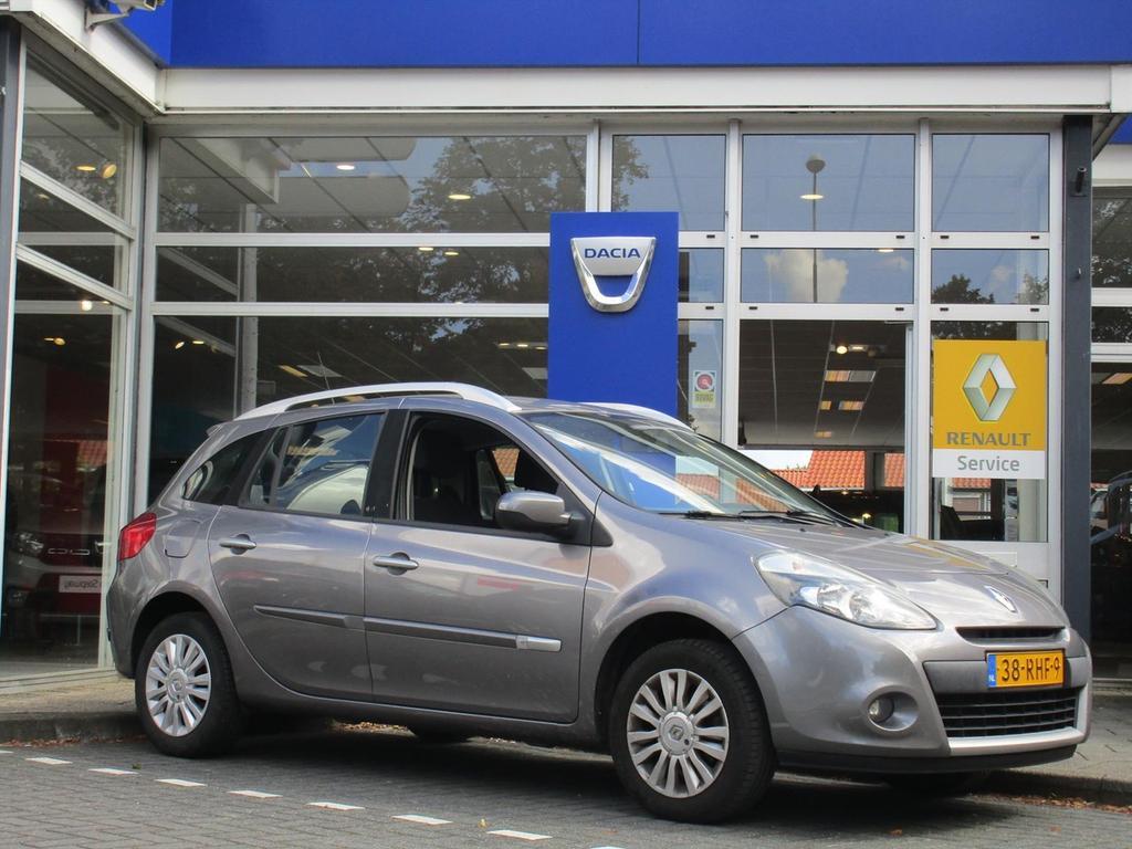 Renault Clio 1.2 tce 100 pk collection - navigatie- eerste eigenaar -