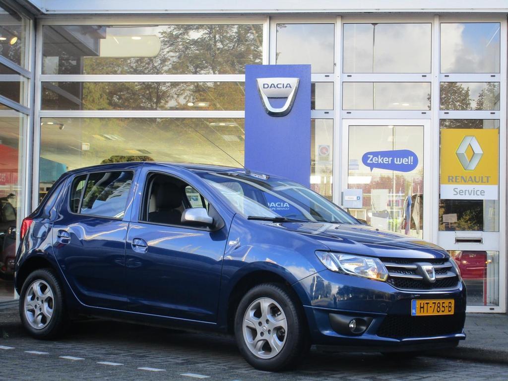 Dacia Sandero 0.9 tce 90pk 10th anniversary - trekhaak - airco - all season -