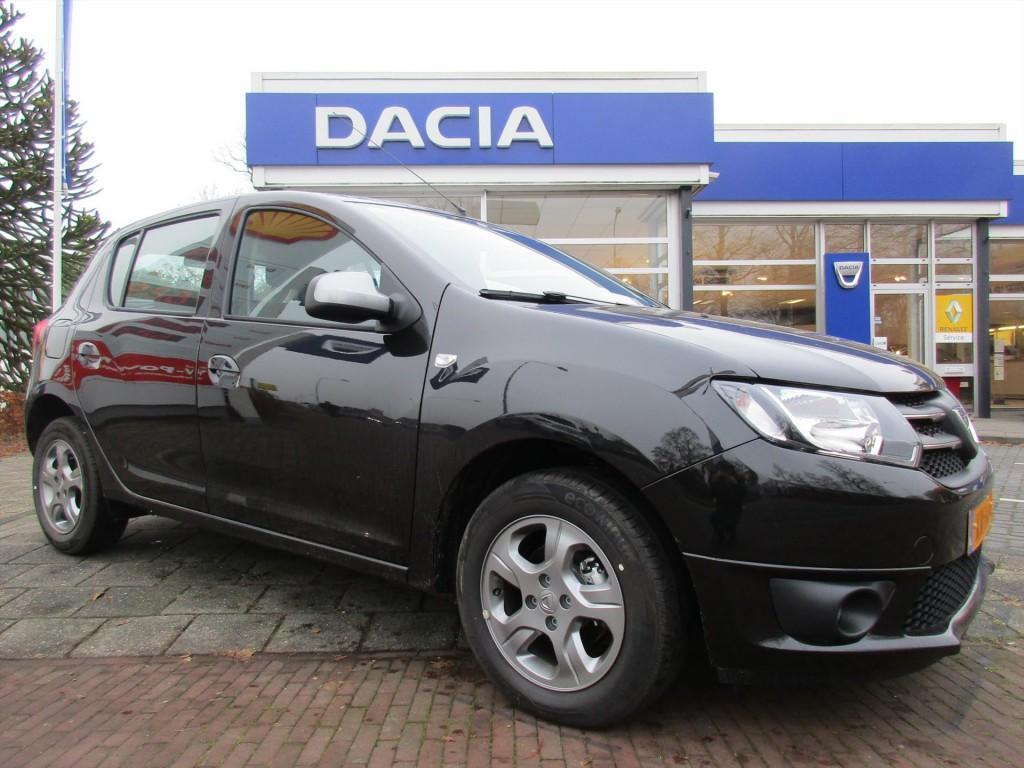 Dacia Sandero 0.9 tce 90pk 10th anniversary demo bj 2016
