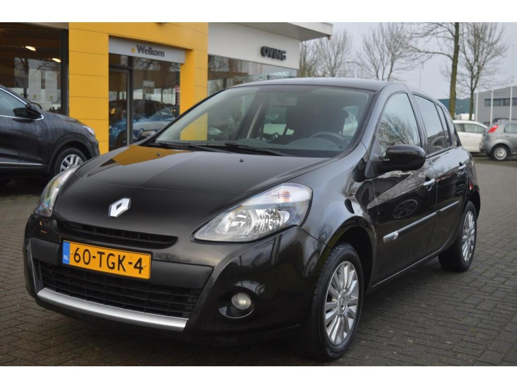 Renault Clio 1.2-16v  collection 5drs.