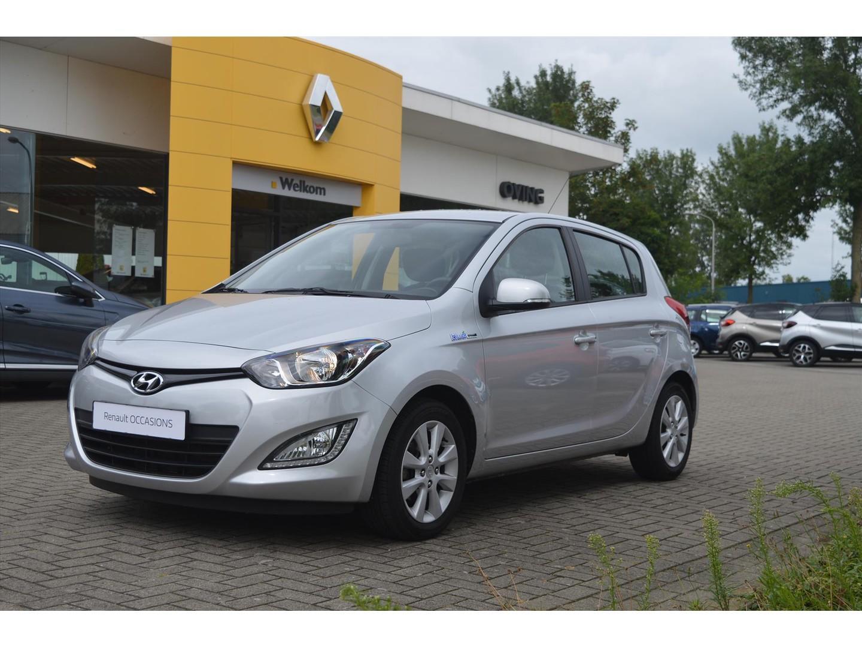 Hyundai I20 1.2i 85pk 5d i-deal