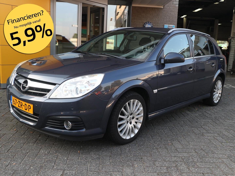 Opel Signum 2.2 16v aut executive