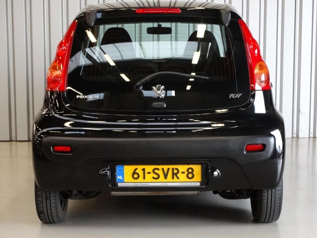 Peugeot 107 1.0 12V 68PK 2Tronic 5D XS * Airco