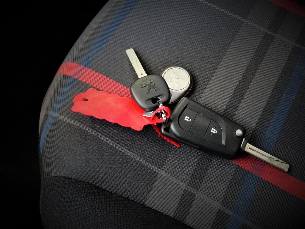 Peugeot 108 1.0 e-VTi 68pk 3D Active * Airco * Bluetooth