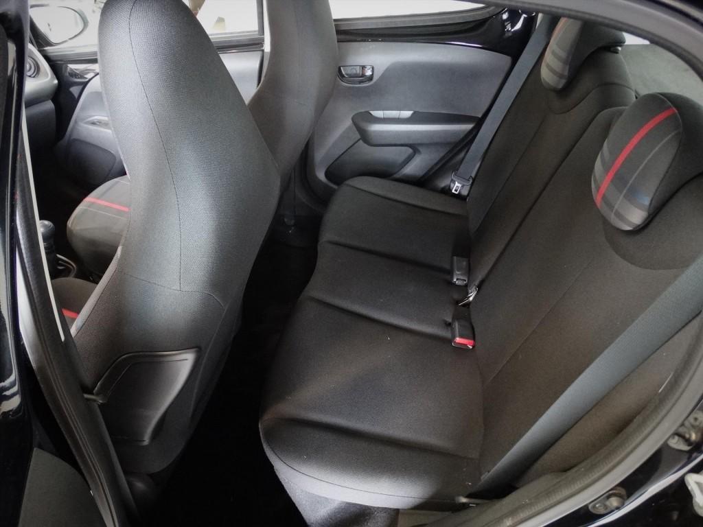Peugeot 108 1.0 12V E-VTI 5DR Active * Pack Premium * Airco