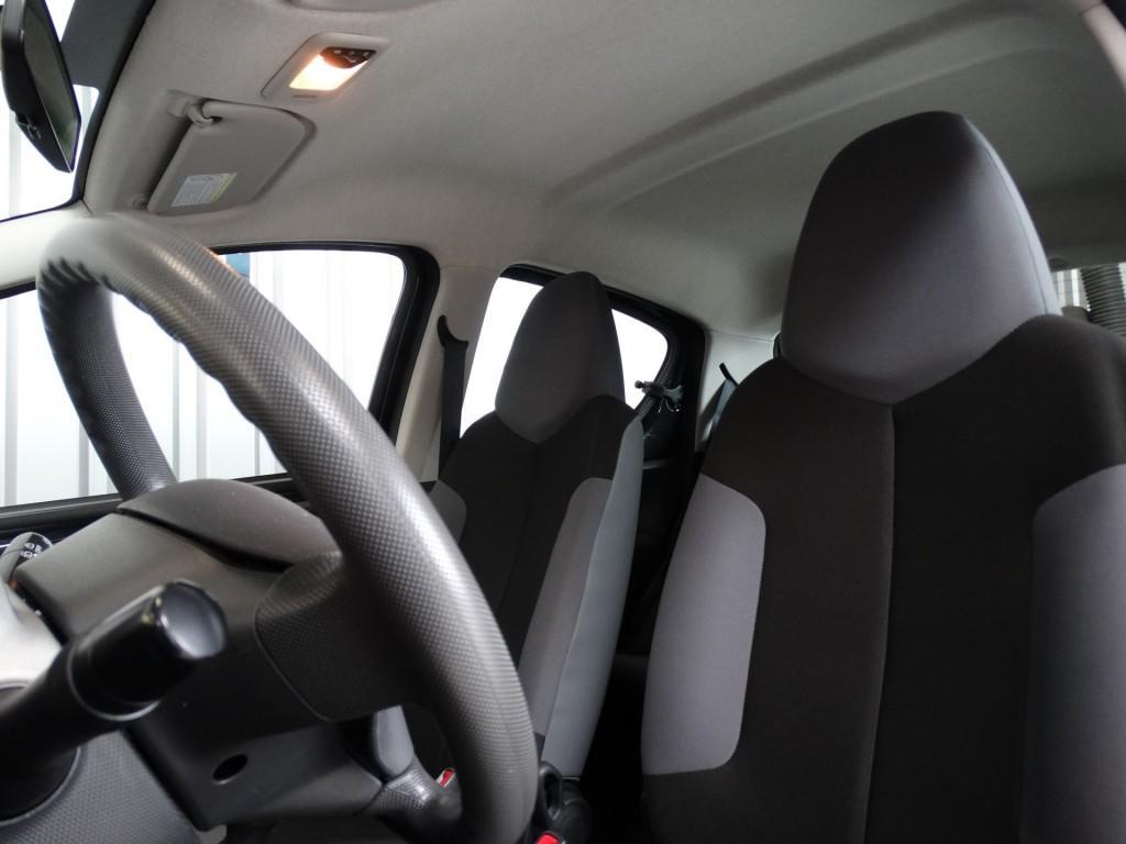 Peugeot 107 1.0 12V 5D PACK ACCENT