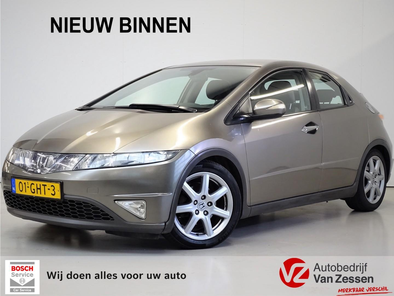 Honda Civic 1.8 sport 140pk