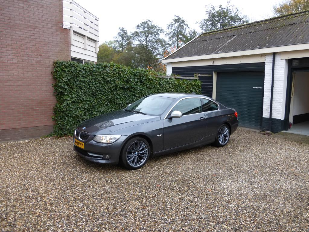 Bmw 3 serie Coupe 320i corporate lease mineralgrey edition