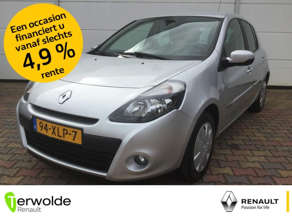 Renault Clio 1.5 dci 90pk 5drs collection airco i cruise control i full map navigatie