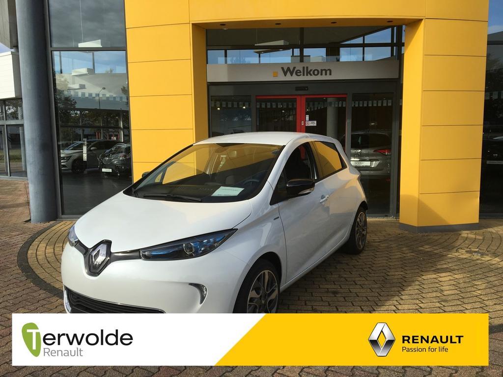 Renault Zoe R110 limited 40 nieuw en uit voorraad leverbaar! financial lease vanaf 0% rente ! private lease mogelijk.