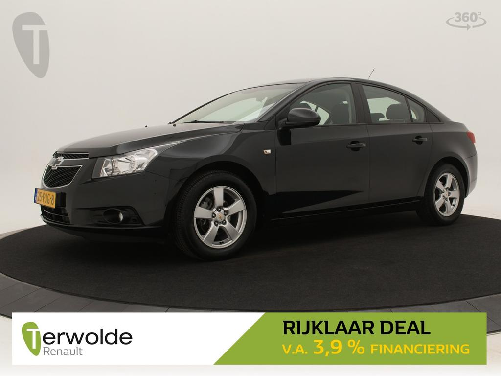 Chevrolet Cruze 1.6 ls 124pk airco i trekhaak i parkeersensoren achter i cruise control * rijklaar *