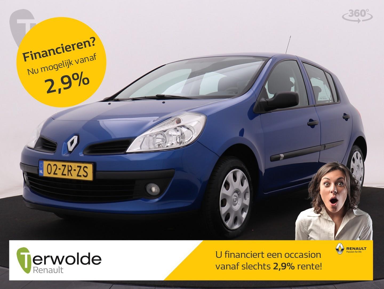 Renault Clio 1.2-16v 5drs special line airco i 5 deuren i centrale vergrendeling