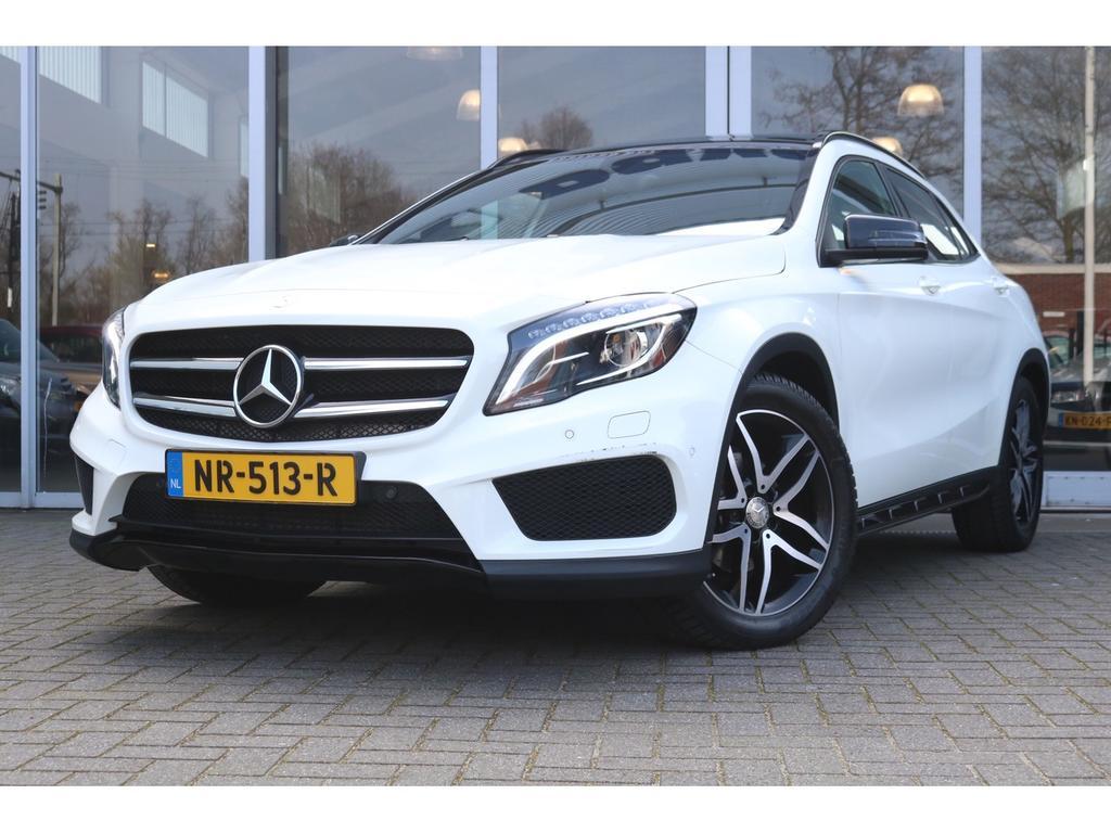 Mercedes-benz Gla-klasse 180 amg night edition + panorama + camera