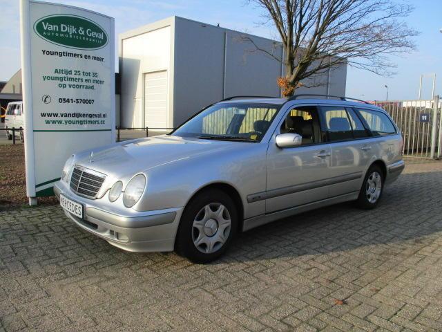 Mercedes-benz E-klasse E220 cdi combi aut