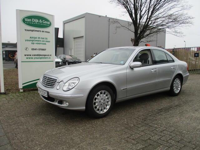 Mercedes-benz E-klasse E 240 v6 aut youngtimer