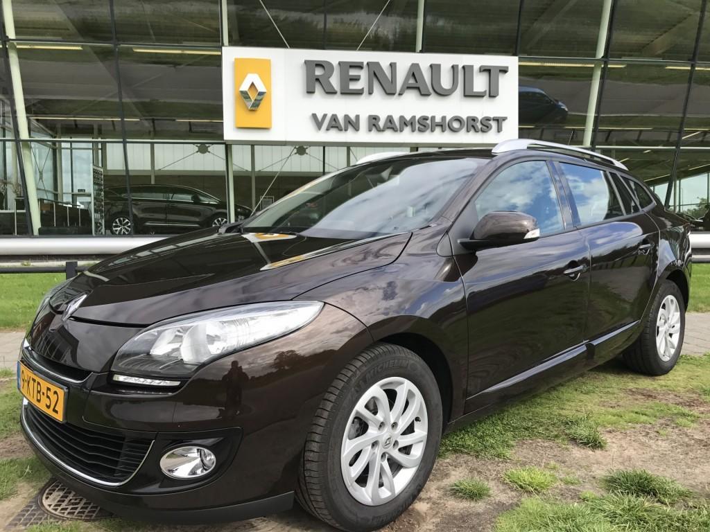 Renault Mégane Estate 1.5 dci 110 pk collection trh key less pdc