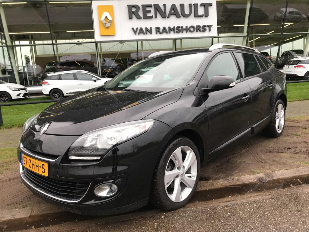"""Renault Mégane estate 1.5 dci 110 pk  collection keyless pack visio pdc +cam 17 """"lmv dvd in hoofdst"""