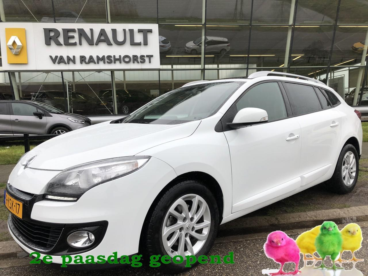 Renault Mégane Estate 1.5 dci 110 pk collection pan dak pdc a tomtom 2e paasdag open 10.00 - 17.00 uur