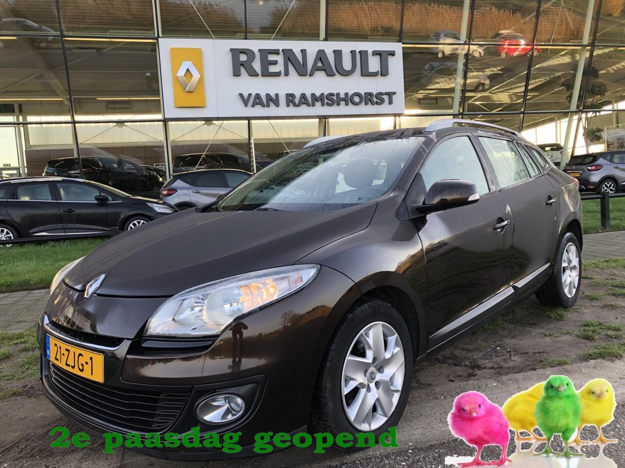 Renault Mégane Estate 1.5 dci 110pk expression climat pdc inkl spiegels 2e paasdag open 10.00 - 17.00 uur