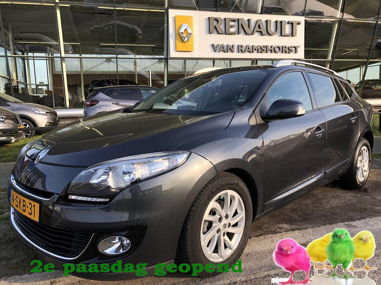 Renault Mégane Estate 1.5 dci 110pk collection pan dak keyless pdc trh. 2e paasdag open 10.00 - 17.00 uur