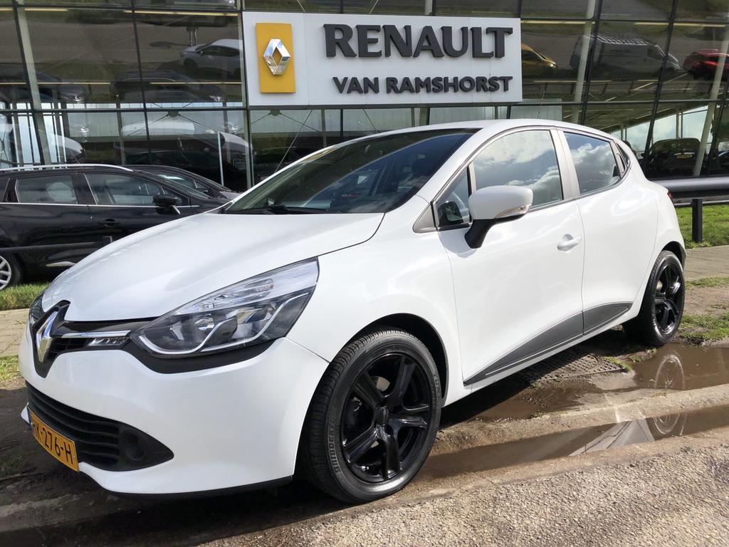 "Renault Clio 0.9 tce 90pk expression airco medianav 16""lmv dab+"