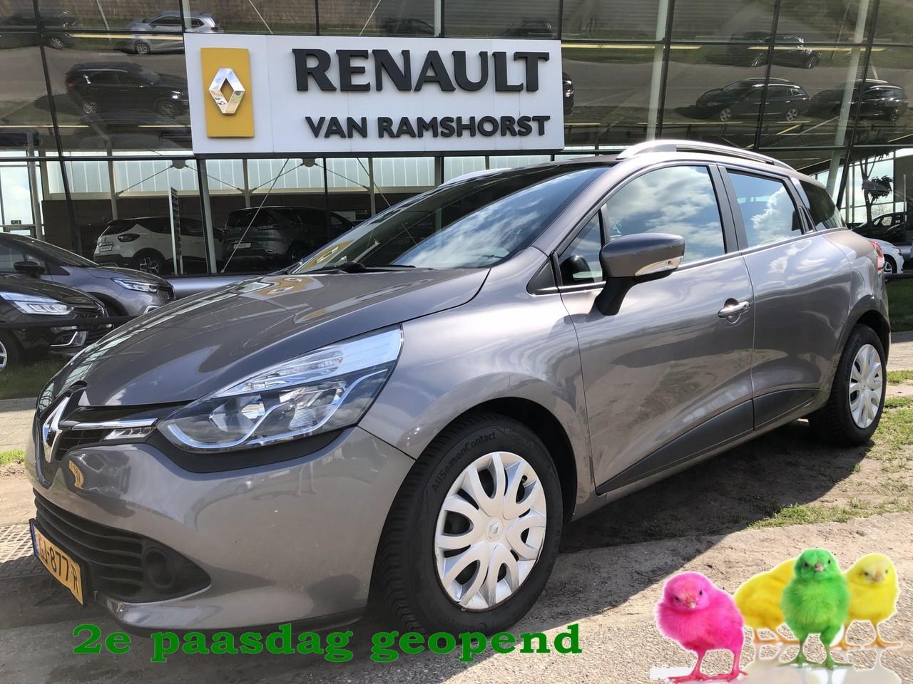 Renault Clio Estate 1.5 dci eco expression medianav airco cruise 2e paasdag open 10.00 - 17.00 uur