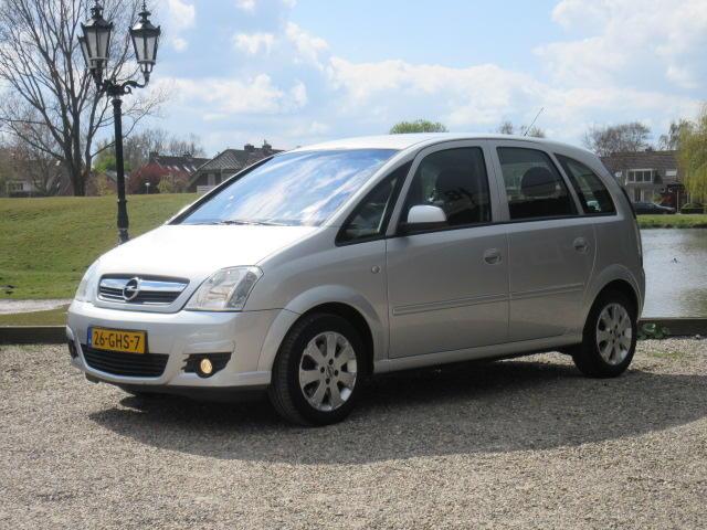 Opel Meriva 1.6-16v essentia automaat - airco