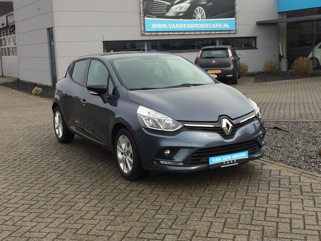 Renault Clio 0.9 tce limited facelift