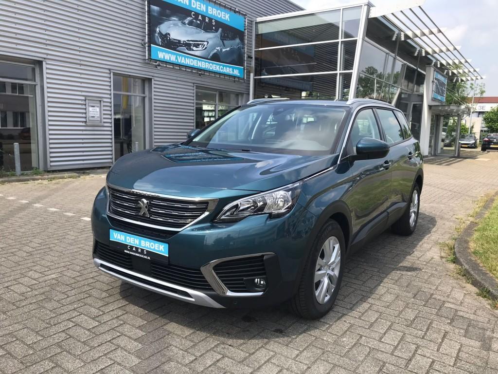 Peugeot 5008 1.6 e-thp active 165 pk / navi / camera