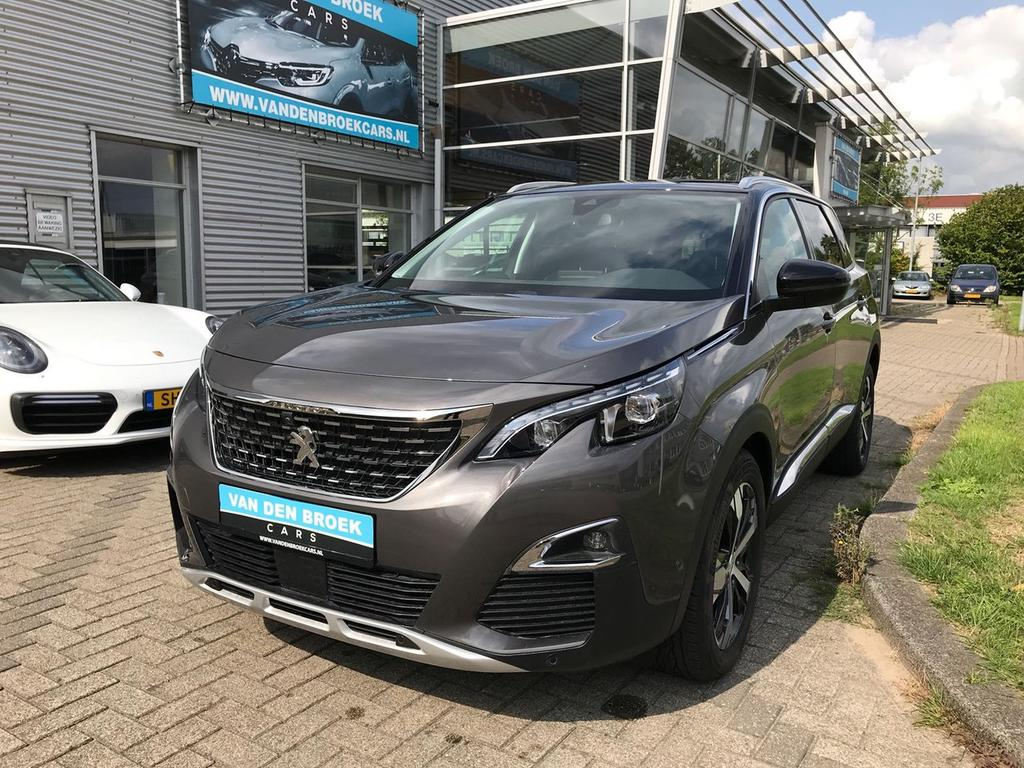 Peugeot 5008 1.6 e-thp allure panorama dak / led  / safety / drive assist