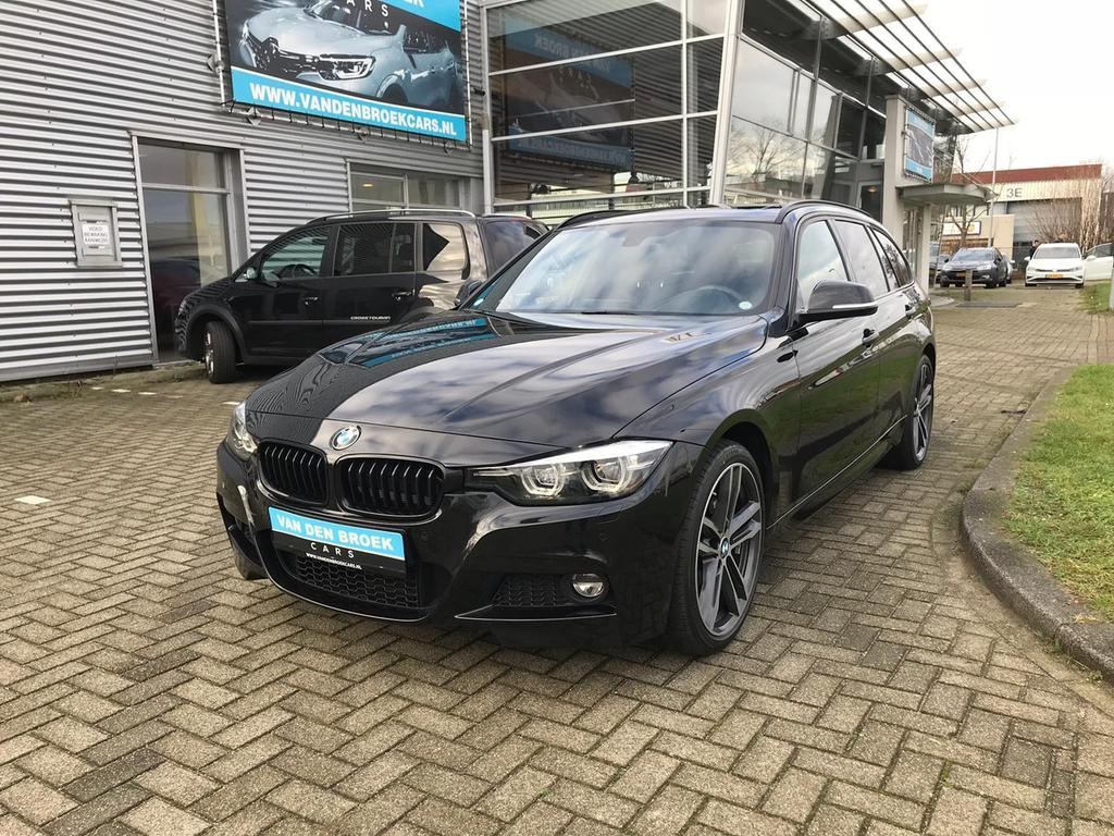 Bmw 3 serie Touring 330i xdrive m sport edition nieuwprijs 75.000! full option